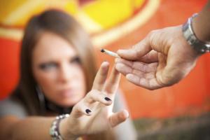 как возникает наркотическая зависимость