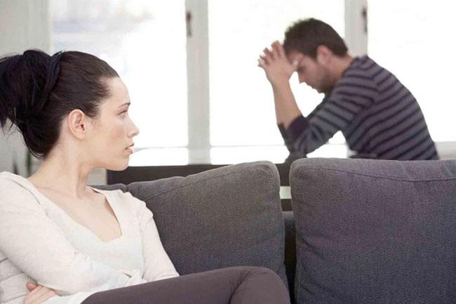 муж употребляет наркотики: травку, соль, спайс. Что делать?